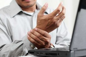 treatment of carpal tunnel syndrome with your warrensburg chiropractor